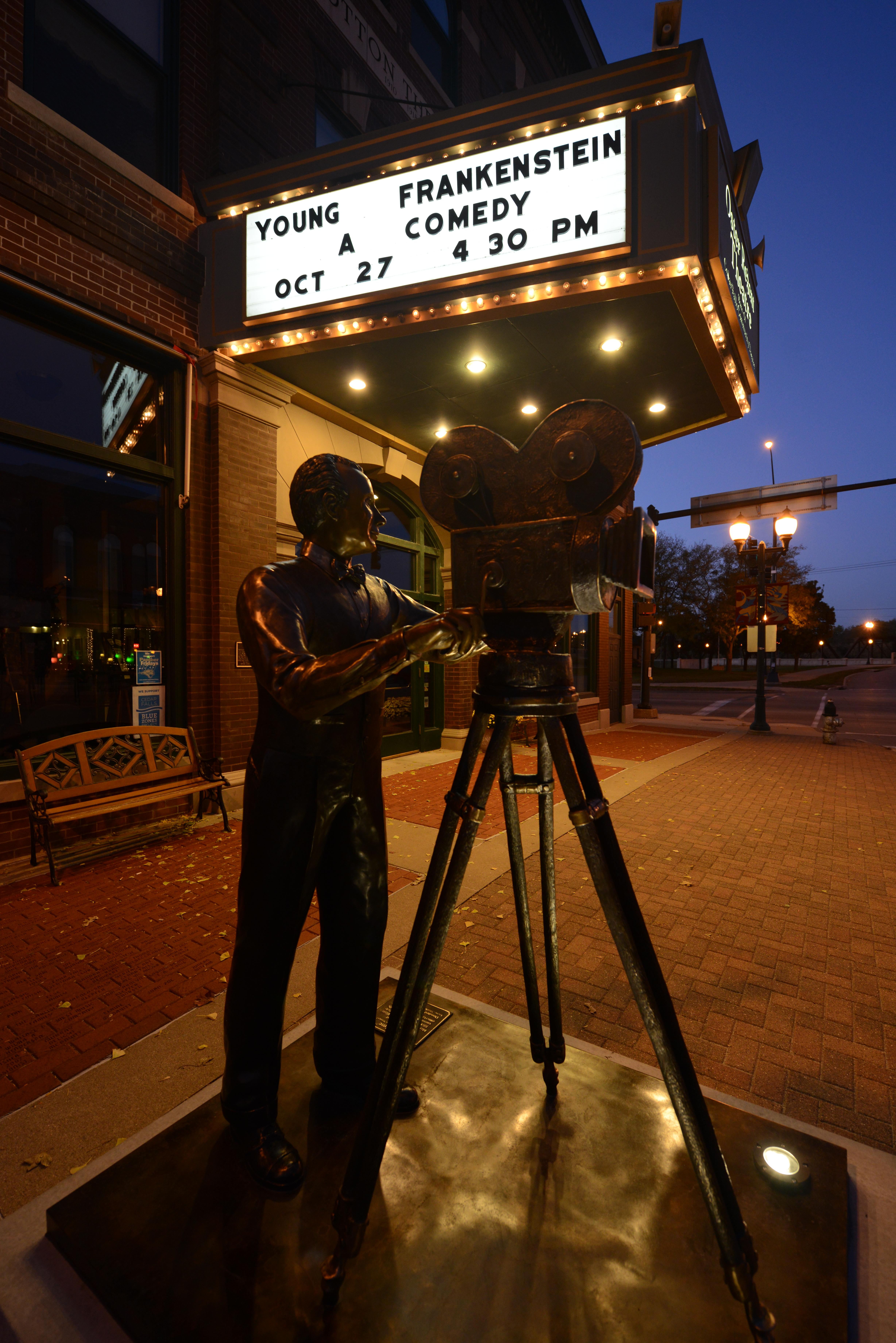 cedar falls iowa movie theater