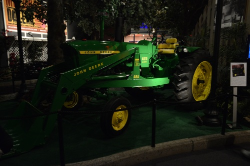 Elvis tractor